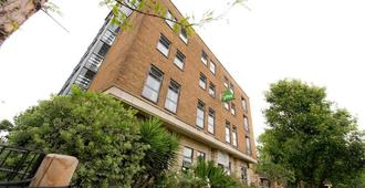 Yha London Thameside - Hostel - London - Gebäude