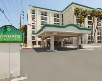 Wingate By Wyndham Los Angeles International Airport Lax - Inglewood - Building