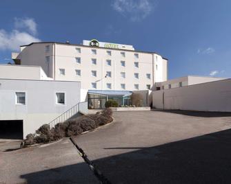 B&B Hotel Lyon Grand Stade Meyzieu - Meyzieu - Building
