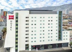 ibis Iquique - Iquique - Building