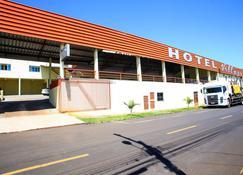 Hotel Village - Pato Branco - Building