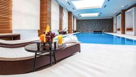 Mercure Rosa Khutor Hotel - Estosadok - Pool