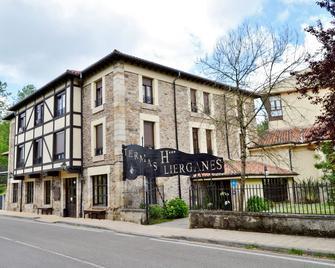 Hotel Termas de Liérganes - Liérganes - Gebäude
