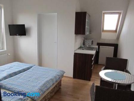 Ubytovani U Macochy - Jedovnice - Bedroom