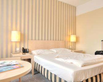 Relexa Hotel Ratingen City - Ratingen - Schlafzimmer