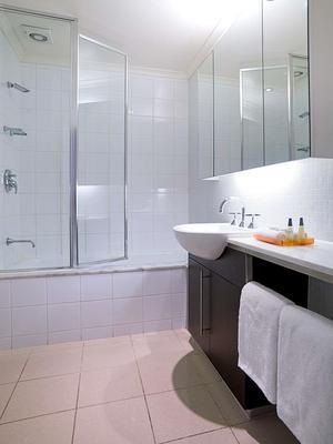 墨爾本卡爾頓韋伯飯店 - 墨爾本 - 浴室