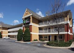 Extended Stay America - Greensboro-Wendover Ave-Big Tree Way - Greensboro - Building