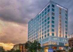 Mercure Hyderabad Kcp - Hyderabad - Building