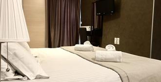 Mc Queen Hotel - Athens - Bedroom