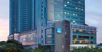 Novotel Jakarta Gajah Mada - West Jakarta - Exterior