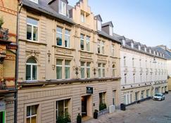 ACHAT Premium City-Wiesbaden - Wiesbaden - Bina