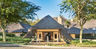 Shumba Valley Lodge - Lanseria