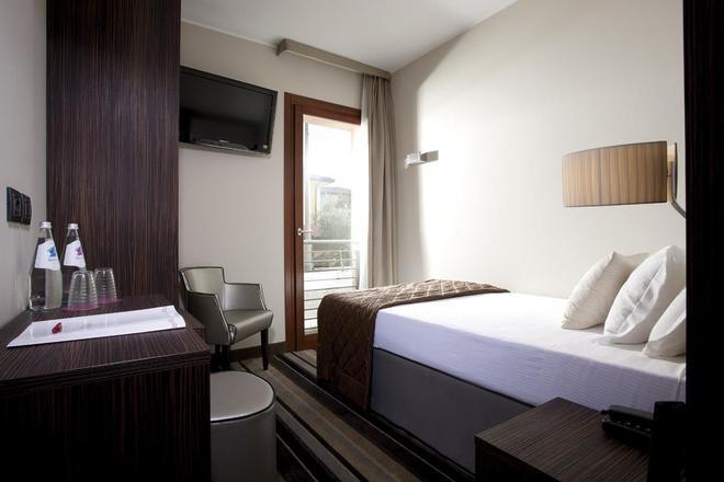 Best Western Titian Inn Hotel Venice Airport - Tessera - Bedroom