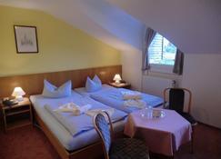 Seehotel Zum Löwen - Wesenberg - Bedroom
