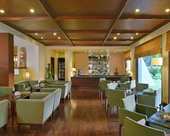 Radisson Jass Hotel Khajuraho - Khajurāho - Bar