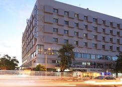 Onomo Hotel Maputo - Maputo - Gebouw