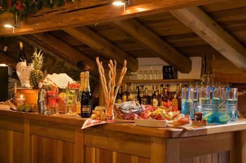 佛爾溫泉小木屋酒店 - 薩烏切德烏爾克斯 - 薩奧茲-杜爾克斯 - 自助餐