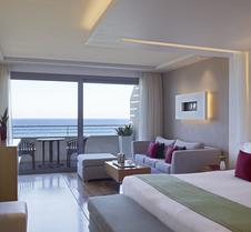Elite Suites by Amathus Hotel