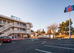 Motel 6 Bremerton, WA - Bremerton - Building
