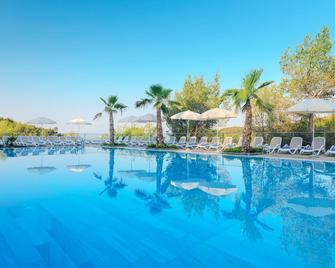 Gava Waterman Milna Resort - Milna (Brač) - Bazén