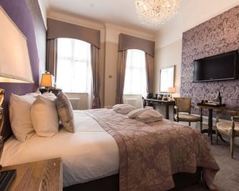 Dukes Head Hotel - King's Lynn - Schlafzimmer