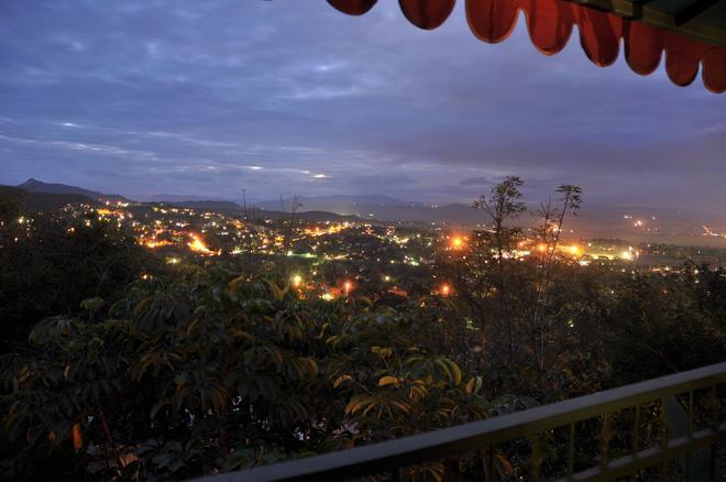 Sunset Manor - Nelspruit - Vista del exterior