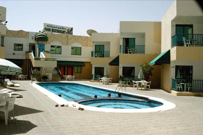 夏之地汽車旅館 - 沙迦 - 沙迦 - 游泳池