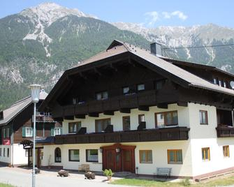 Pension Marienhof - Hermagor - Building