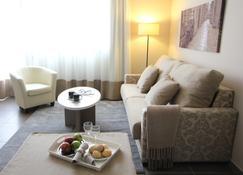 Pierre & Vacances Barcelona Sants - Barcelona - Sala de estar