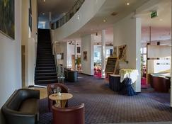 H&S Hotel Belmondo Leipzig-Airport - Wiedemar - Lobby