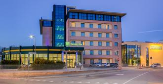 Holiday Inn Bologna - Fiera - Bolonia - Edificio