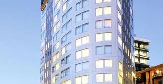 Bolton Hotel - Wellington - Toà nhà