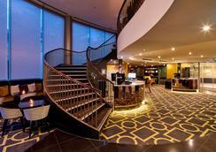 Bolton Hotel - Wellington - Lobby