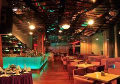 Courtyard Hotel @ 1Borneo - Kota Kinabalu - Σαλόνι