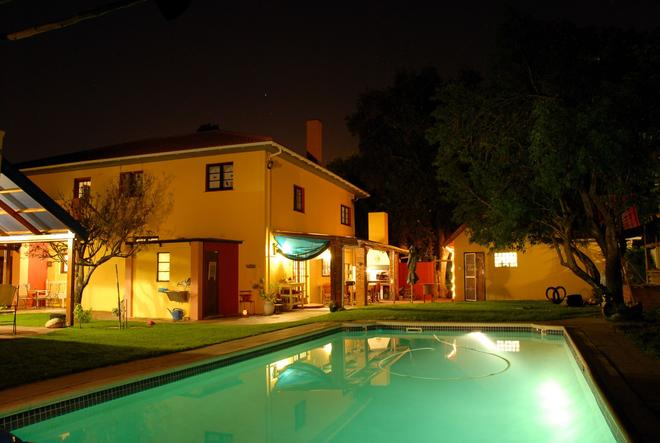 Lourens River Guesthouse B&B - Somerset West - Pool