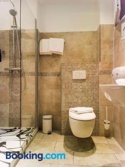 Hôtel Holzer II - Porto-Vecchio - Μπάνιο