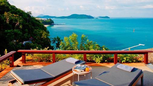 Sri Panwa Phuket Luxury Pool Villa Hotel - Wichit - Parveke