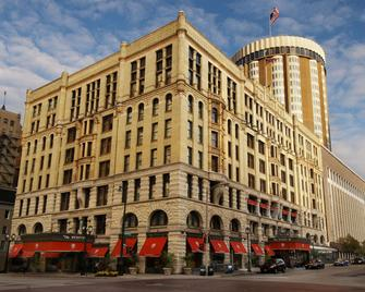 The Pfister Hotel - Milwaukee - Edificio