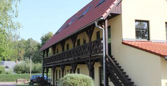 Steffi's Hafenstübchen - Burg (Spreewald) - Edificio