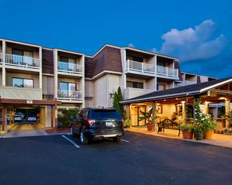 Best Western Plus Chincoteague Island - Chincoteague - Building