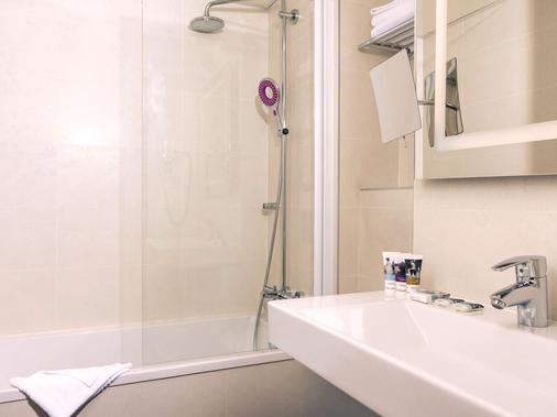 Hôtel Mercure Paris Montparnasse Raspail - Paris - Bathroom