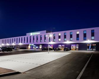 Holiday Inn Express Ringsheim - Ringsheim - Building
