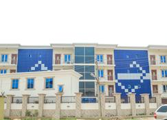 Sscfg Luxury Apartments & Suites - Lagos - Building