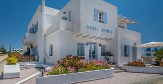 Aeolis Hotel - Adamantas - Gebäude