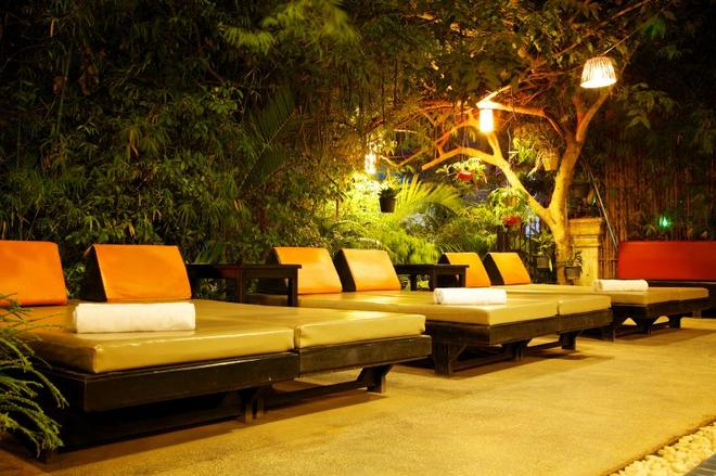 Boutique Cambo Hotel - Siem Reap - Βεράντα