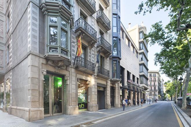 Urbany Hostel Bcn Go! - Barcelona - Vista del exterior