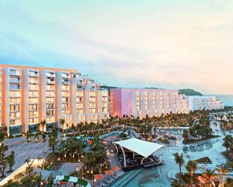 Premier Residences Phu Quoc Emerald Bay Managed by AccorHotels - Фукуок - Building