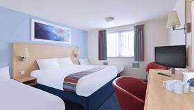 Travelodge Inverness Fairways - Inverness - Bedroom