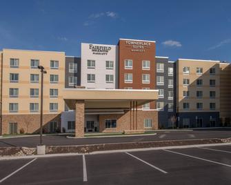 TownePlace Suites by Marriott Altoona - Алтуна - Здание