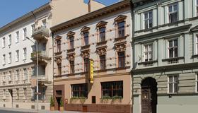 Hotel Arte - Brünn - Gebäude